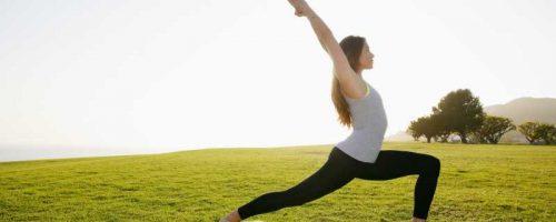 stretching-woman-peakwellness-800x400